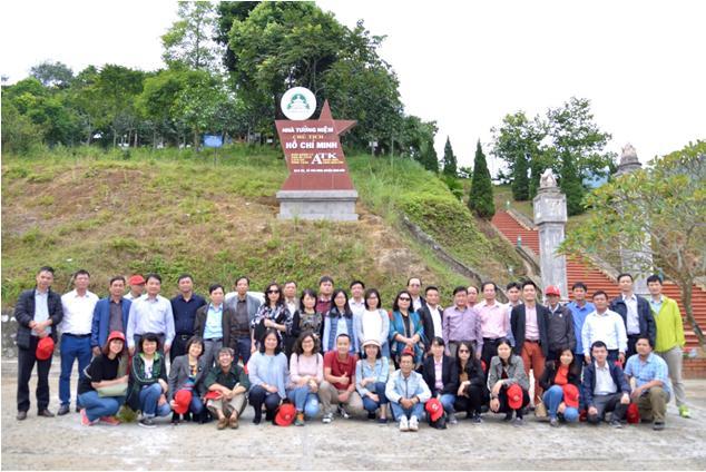 Đảng bộ Viện Khoa học và Kỹ thuật hạt nhân tổ chức sinh hoạt ngoại khóa tại An toàn khu Định Hóa và Khu di tích lịch sử Tân Trào